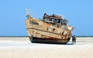 shipwreck-beached pix (2)