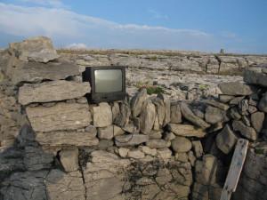 TV-in-wall-(MF)-(2)